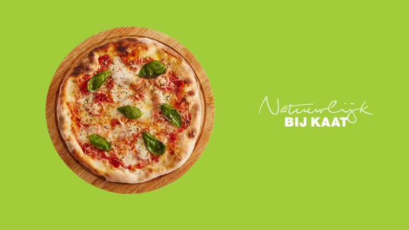 Een pizza als lunch